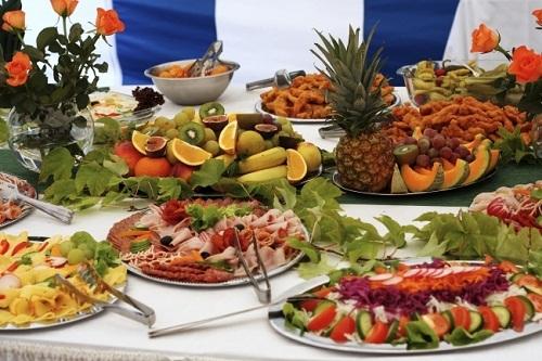 Какие фрукты купить на свадьбу