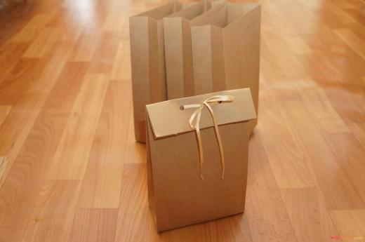 пакет из бумаги