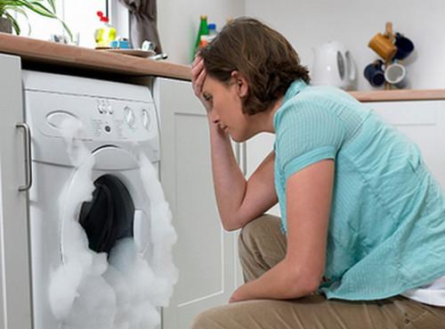 Как устранить течь в стиральной машине