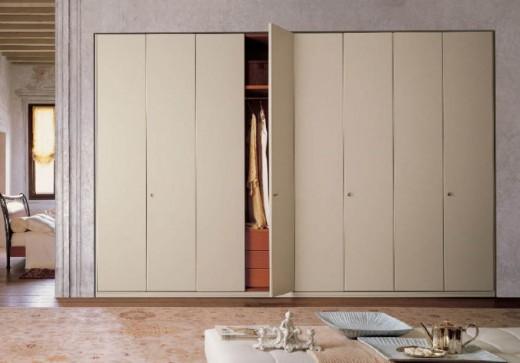 Виды распашных шкафов