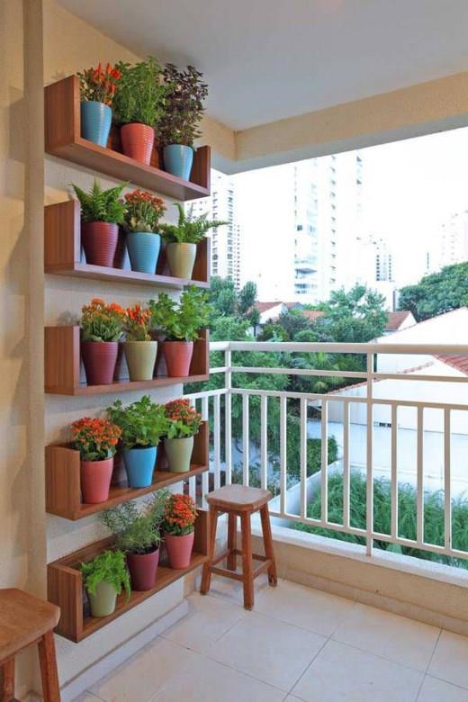 Как сделать стеллаж на балконе своими руками