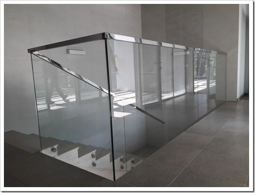 Почему стеклянные перегородки стали столь популярными?
