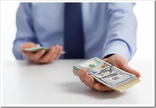 Почему многие занимают у частных лиц, когда есть банки?